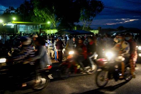 C_3_Cambogia_Sulla strada di Phnom Pehn (30)